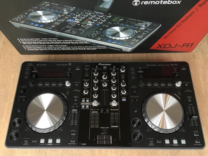 for sale pioneer ddj sx pioneer cdj 2000 nexus pioneer ddj sz buy and sell. Black Bedroom Furniture Sets. Home Design Ideas